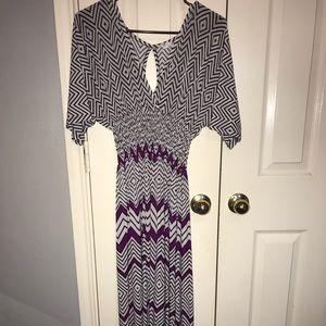 NWT 5th Love Purple Chevron VNeck Maxi-Dress